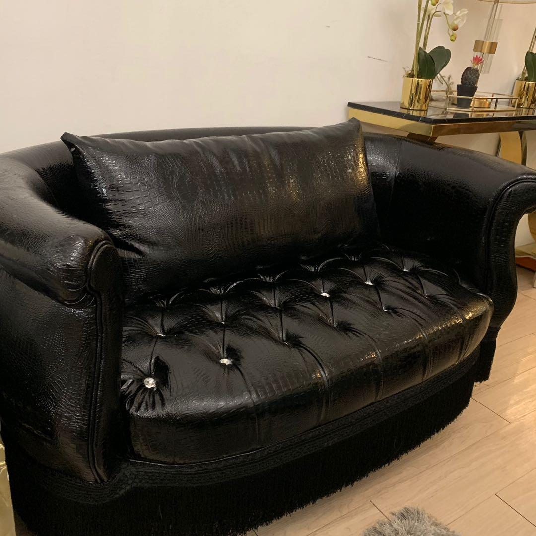 Croc Embossed Cuddle Chair Sofa
