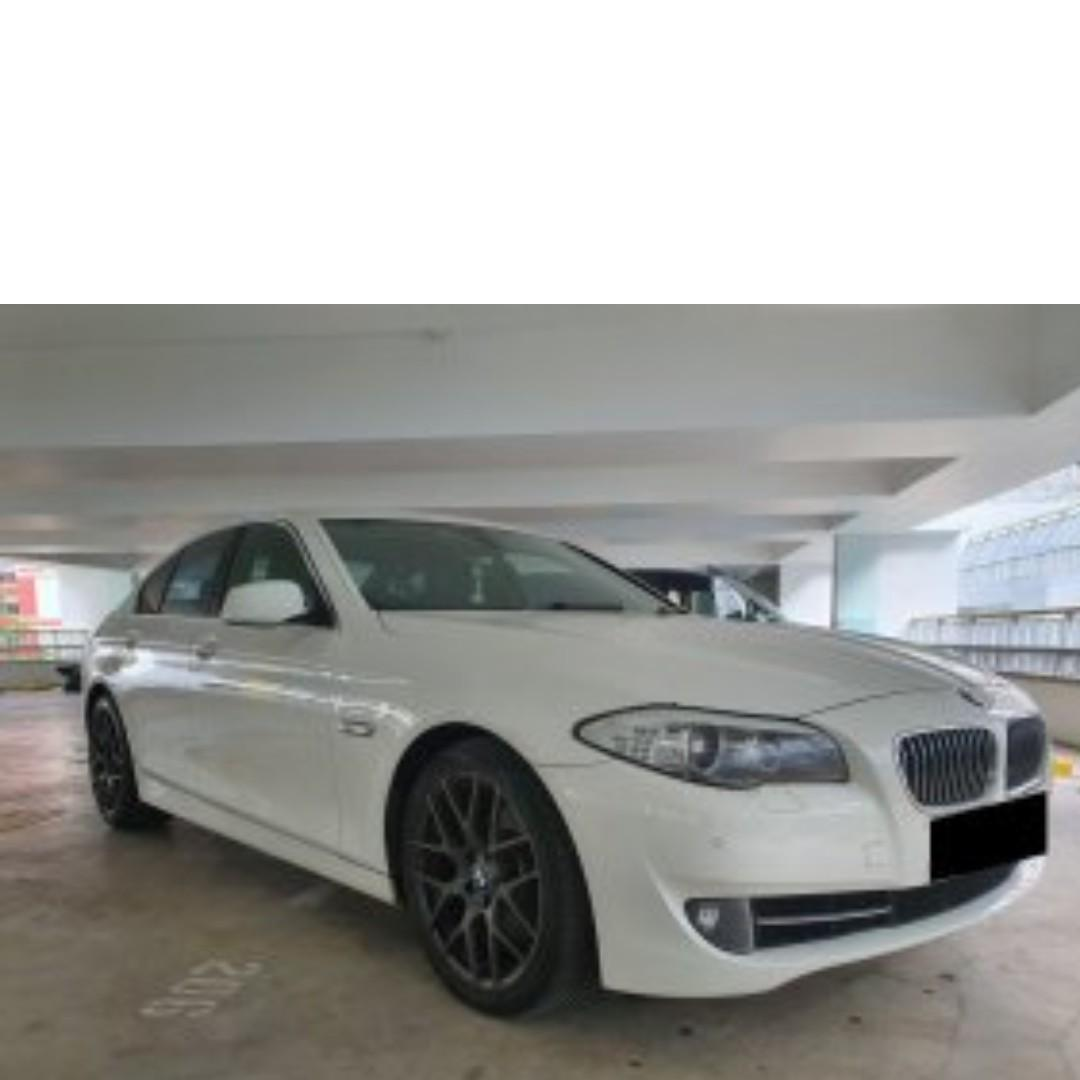 BMW 520i Luxury Auto