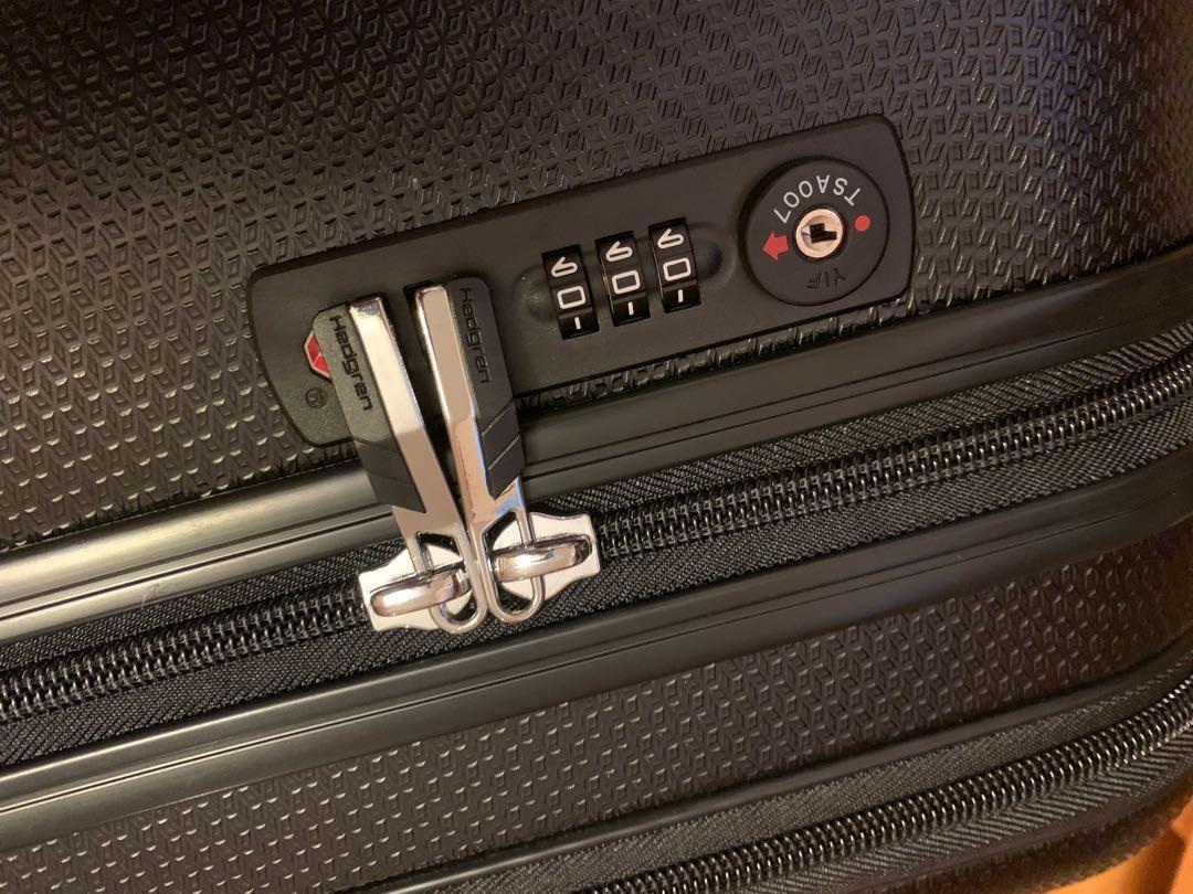 "Hedgren Luggage 20"" size 55 x 35 x 23 手提行李喼 Original $2280"