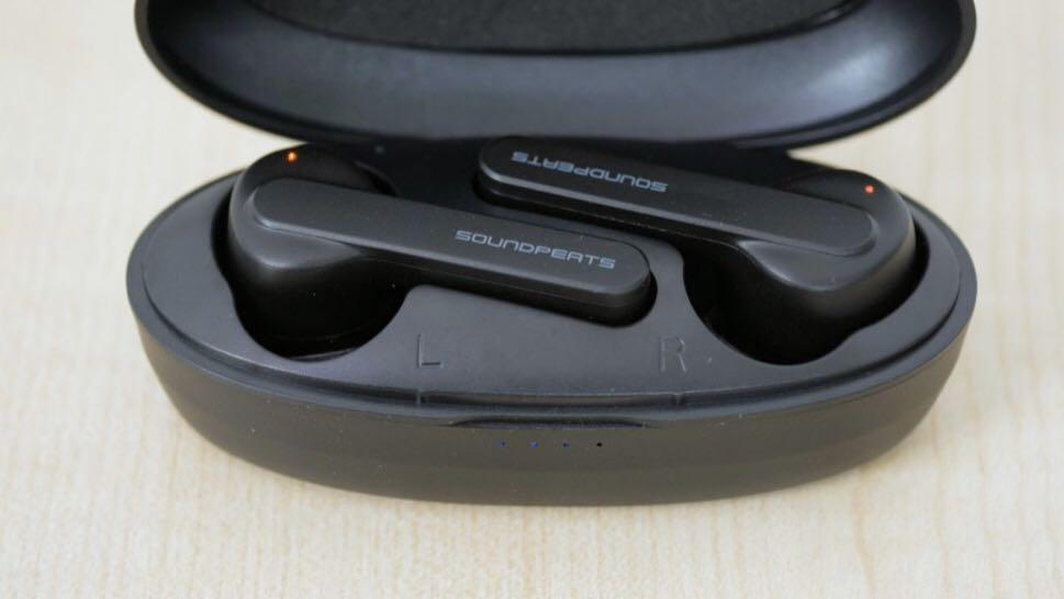 Soundpeats Bluetooth Earpiece