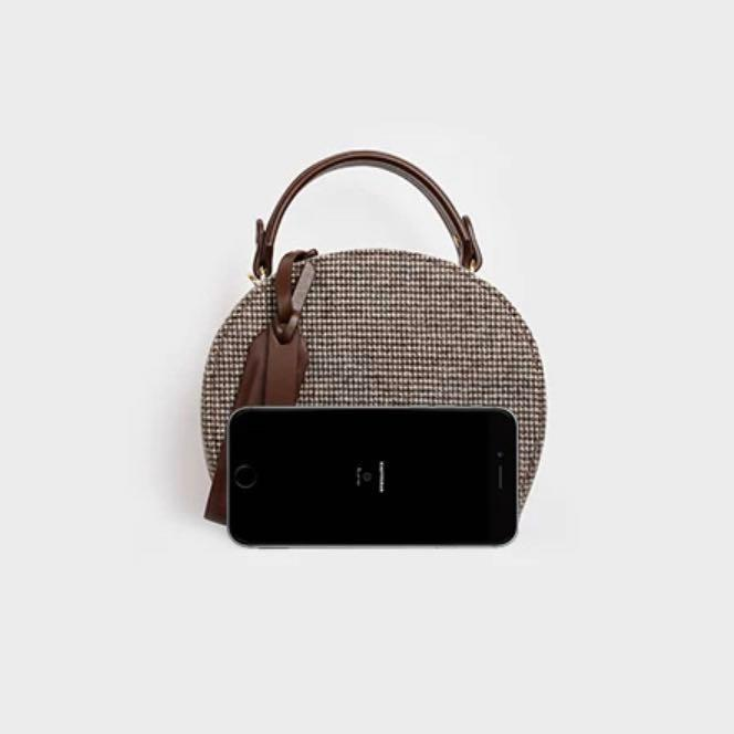 Unique Vintage Handbag / Crossbody