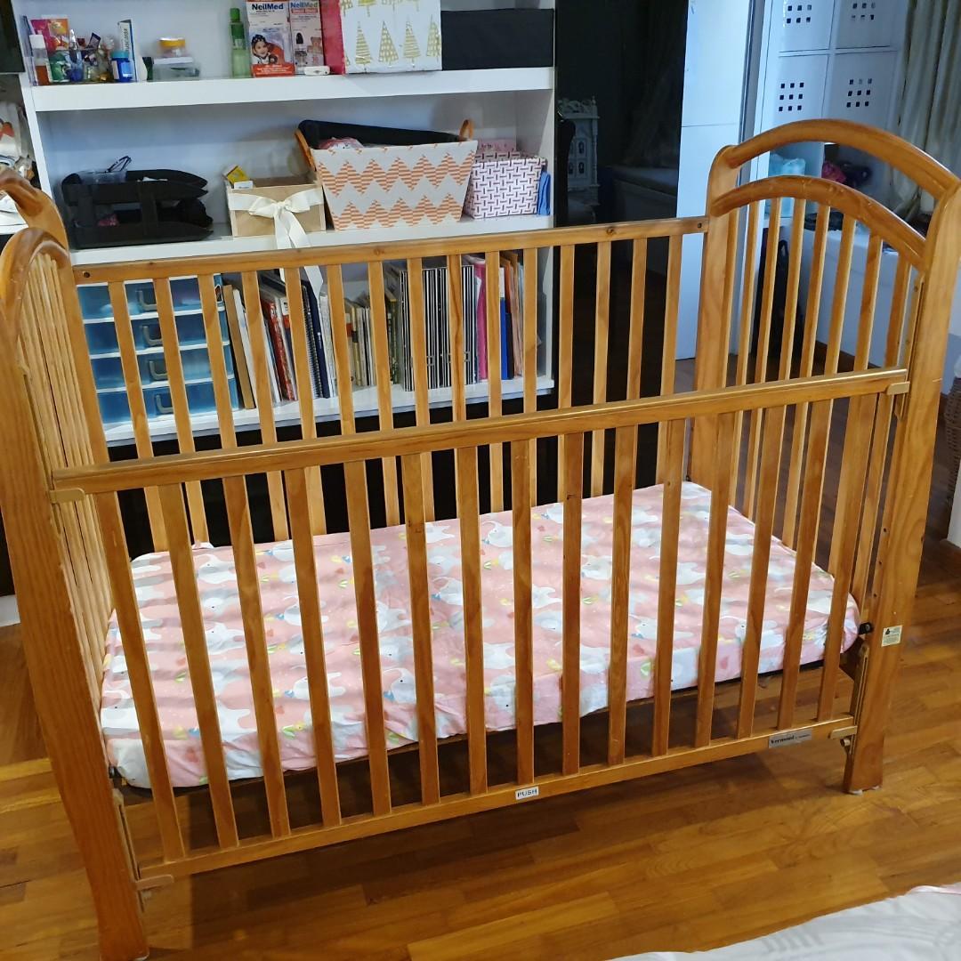 Vermont baby crib