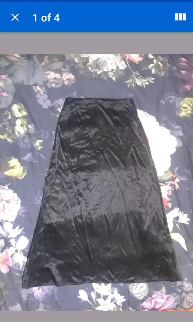 Vintage A Line Black Satin witch Silk look high waist midi maxi skirt XS #SwapCA