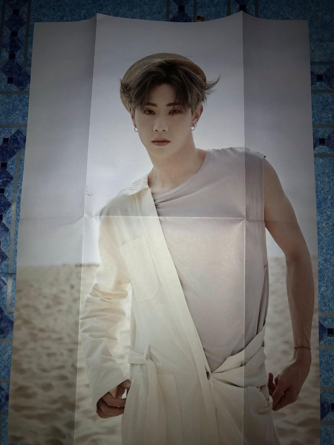 [WTS/WTT] Mark Poster from his 1st Solo Photobook 《Mark宜夏》
