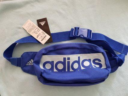 Adidas斜背包/腰包,正品