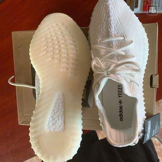 Adidas Yeezy boost 350 V2運動鞋