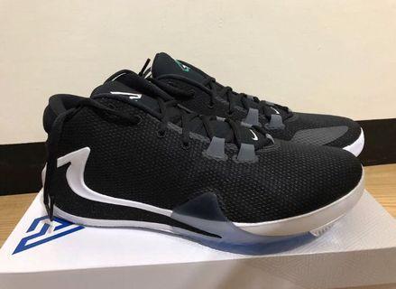Nike 字母哥 freak 1 籃球鞋