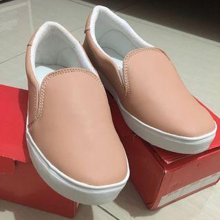[New] Sepatu slip on pink pastel #mauovo