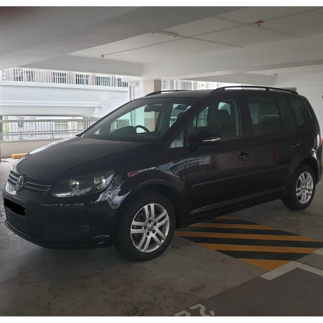 7Seater Volkswagen Touran for rent. PERSONAL/GOJEK/GRAB/PRIVATE HIRE