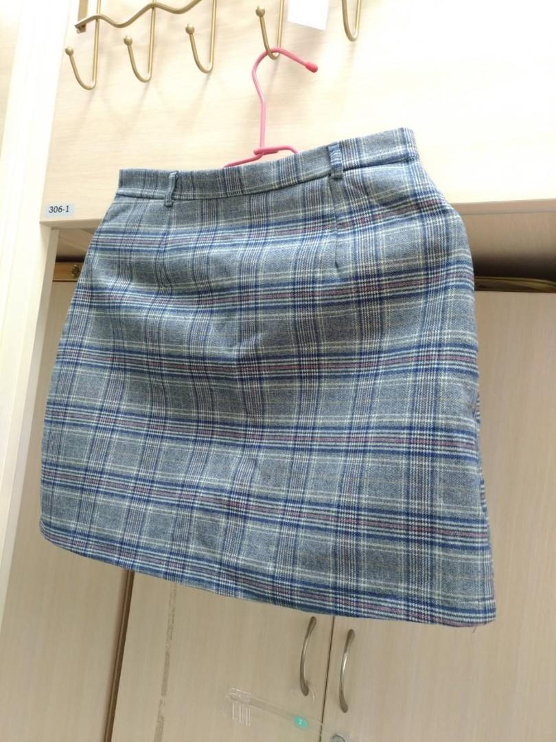 冬天一定要的窄格紋辣妹裙
