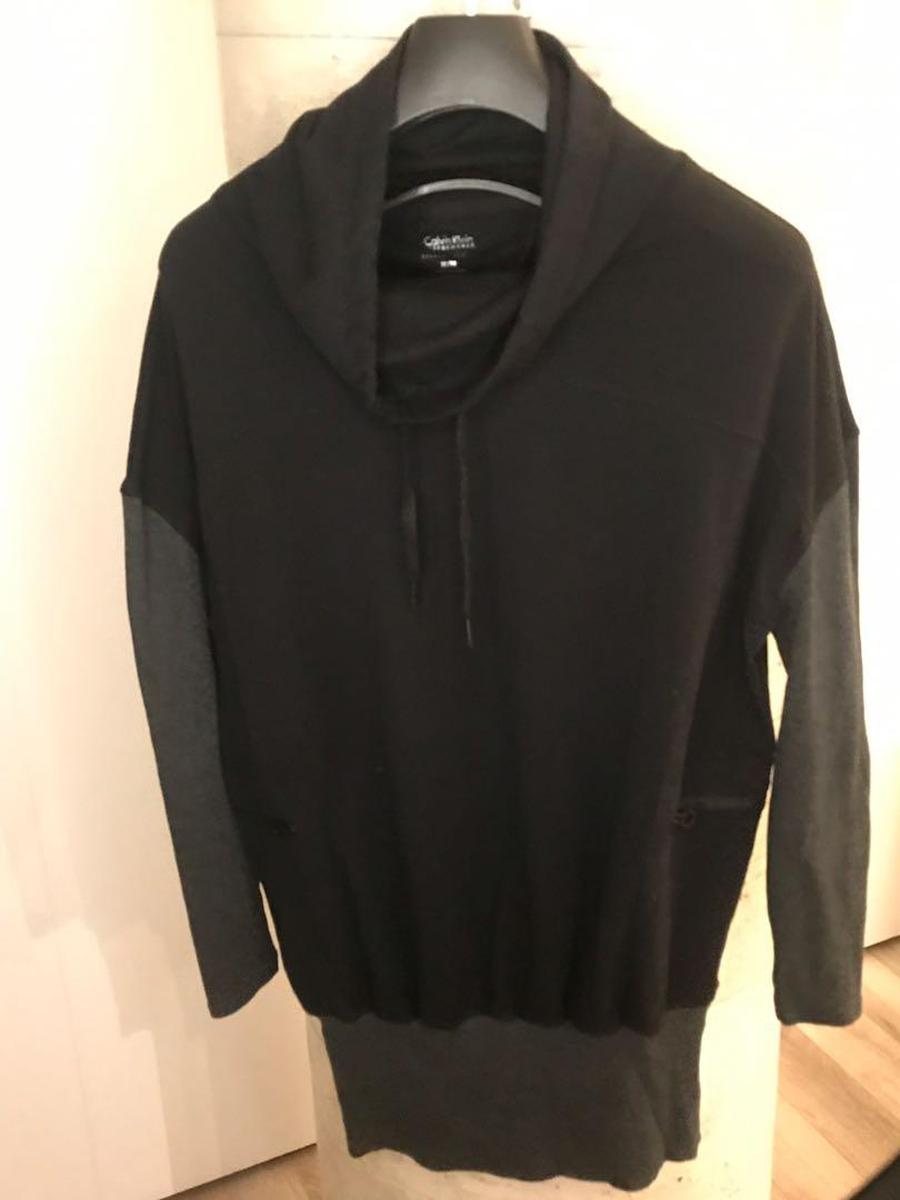 Calvin Klein Black and Grey Long Sleeve Pull Over M