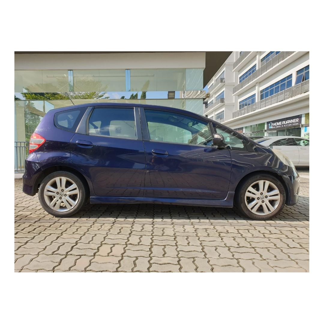 Honda Jazz - Many ranges of car, desired rental rates! @9739 6107