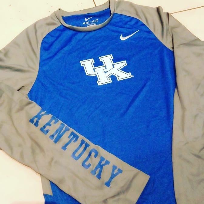 Jersey NIke Lengan Panjang Kentucky