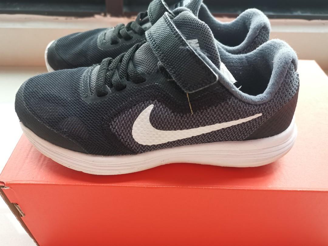 Nike Shoes, kids size 13C/uk12.5/19cm