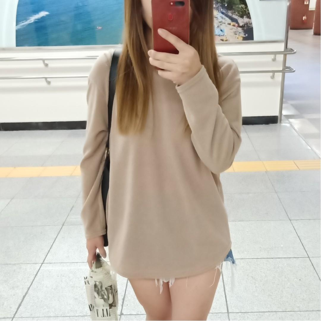 全新正韓韓國製V領卡其T恤上衣