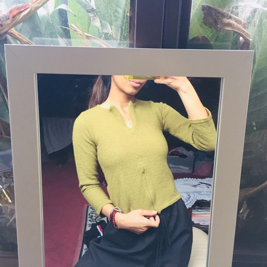 WITCHERY vintage khaki green wool / knitted jumper / sweater