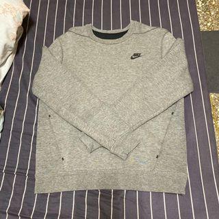 Nike鐵灰色衛衣M號