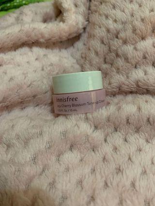 Innisfree Jeju Cherry Blossom Tone-Up Cream