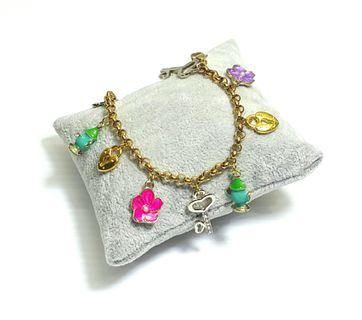 Gold Charm Bracelet - Alice in Wonderland theme B347