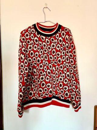 幾乎全新✨❤️H&M也能尋到寶❤️ 紅花圖樣印花寬鬆休閒衛衣/運動衫