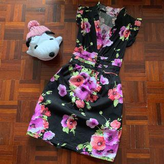 Sleeveless Floral Dress by Doublewoot