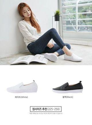 韓國簡約真皮素面側縫線透氣軟底休閒鞋