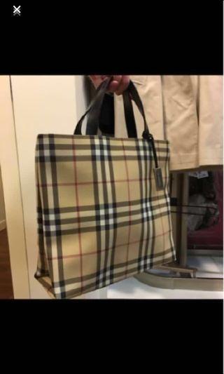 BURBERRY  經典手提包