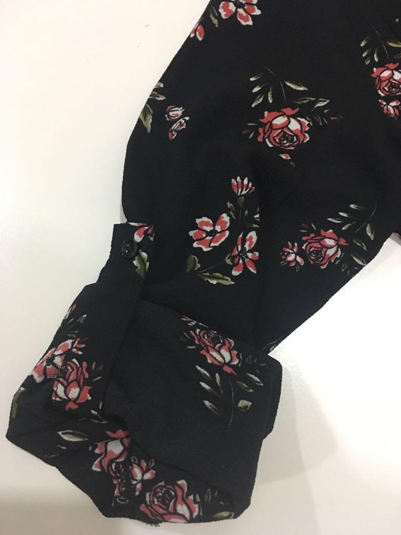 FAVE Floral Blouse in Black