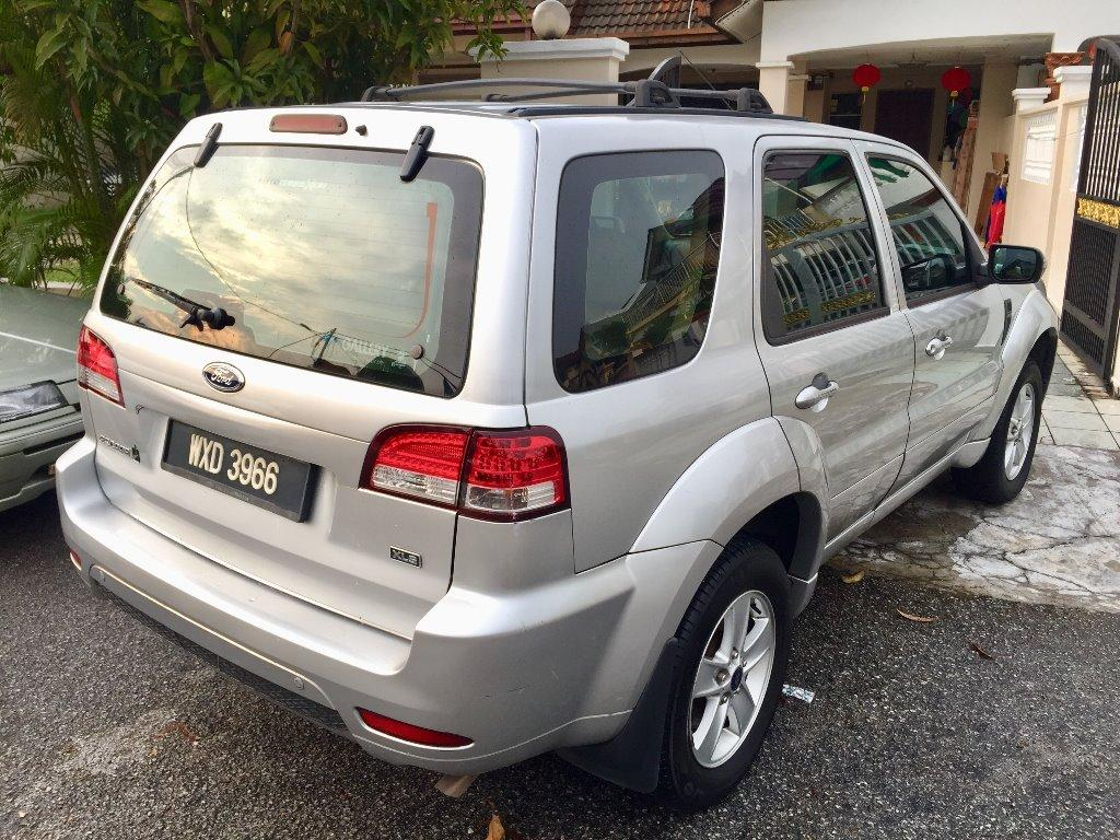 Ford ESCAPE 2.3 XLS (A) LIKE NEW 1 OWNER NEW FACELIFT