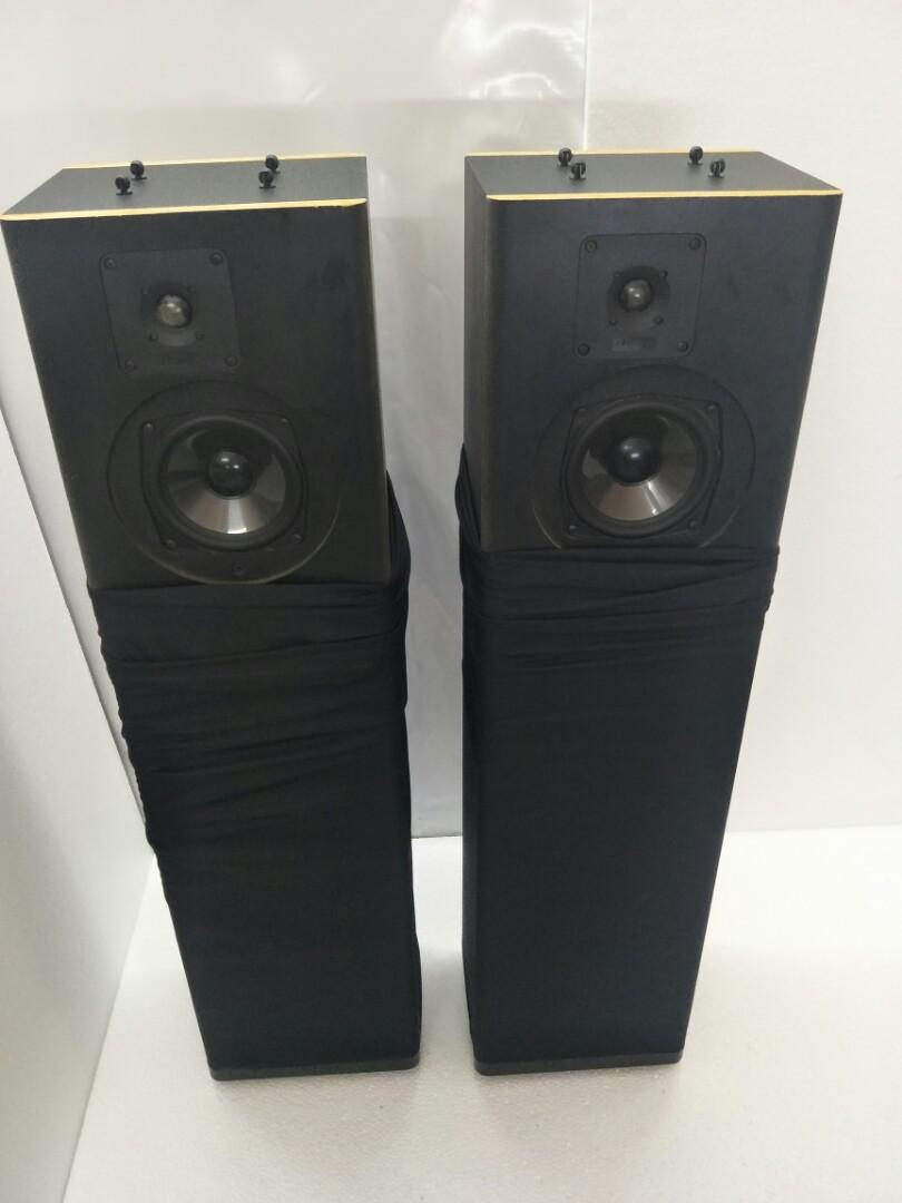 Mirage 890i Bi-Polar Floorstanding Speakers
