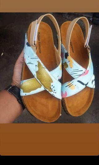 Sandal triblee
