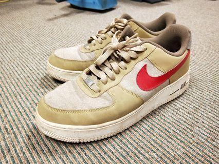 Nike AF1 卡其色休閒鞋