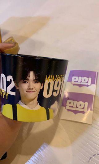 Minhee x1 cupholder