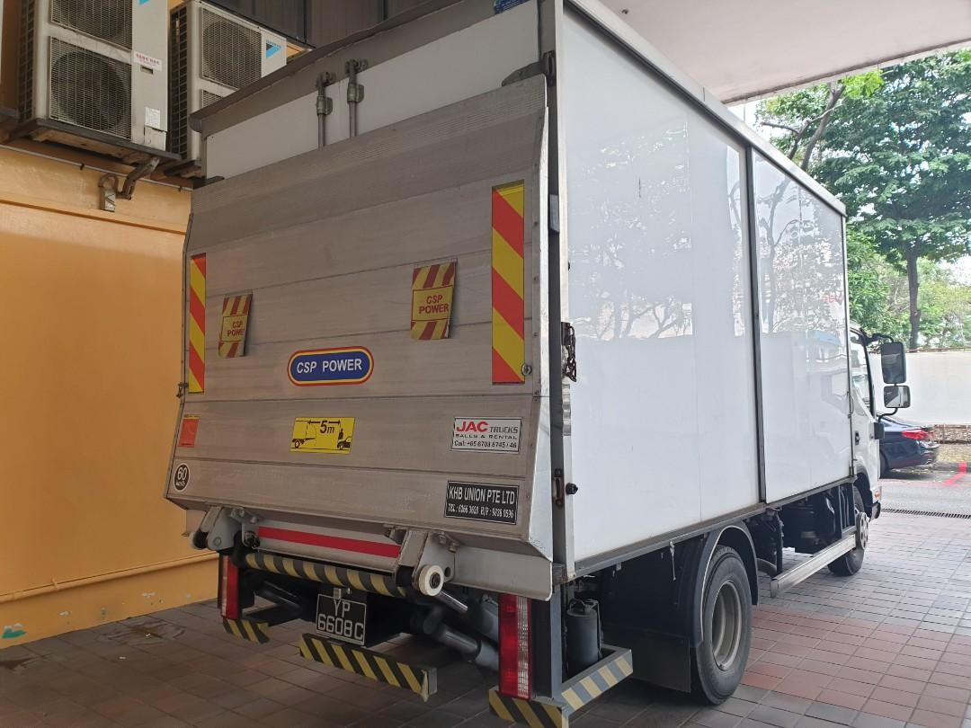 14 Ft Jac Lorry with Tailgate for Rent