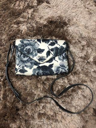 AUTHENTIC / ORIGINAL Cath Kidston Enveloped-Magnetic Clasp Crossbody Bag (Limited Edition)