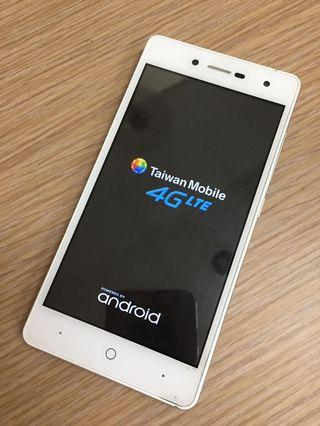 Taiwan mobile Amazing A30 5吋 Android 7.0 4G Lte