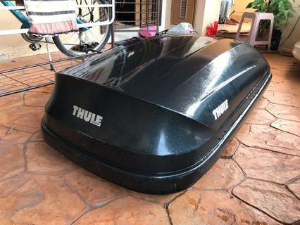 Thule Pacific 200 black edition