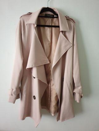 裸杏色雙排扣厚西裝材質氣質風衣外套