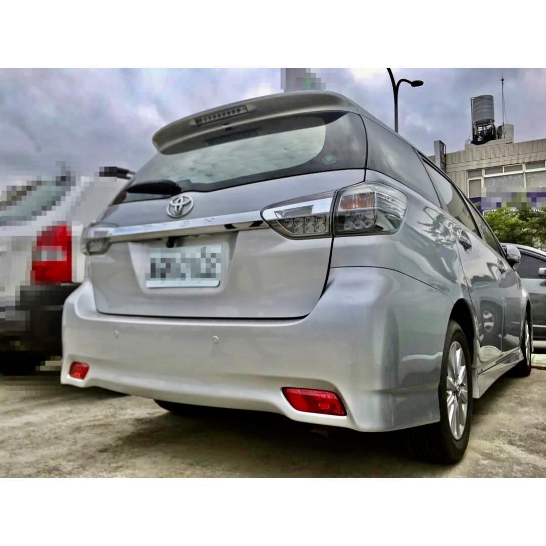 2013 Toyota Wish 2.0 七速經典款 ➡ 沒定速  沒IKEY  載人舒適就好 價格更親民💗
