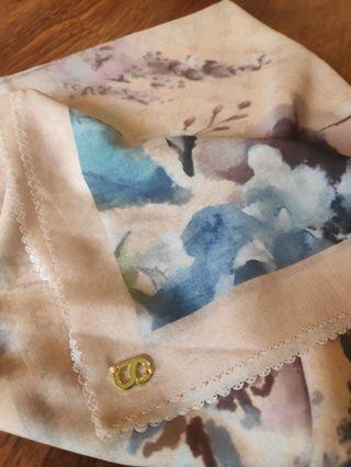 Buttonscarves X Blibli Le Fleur