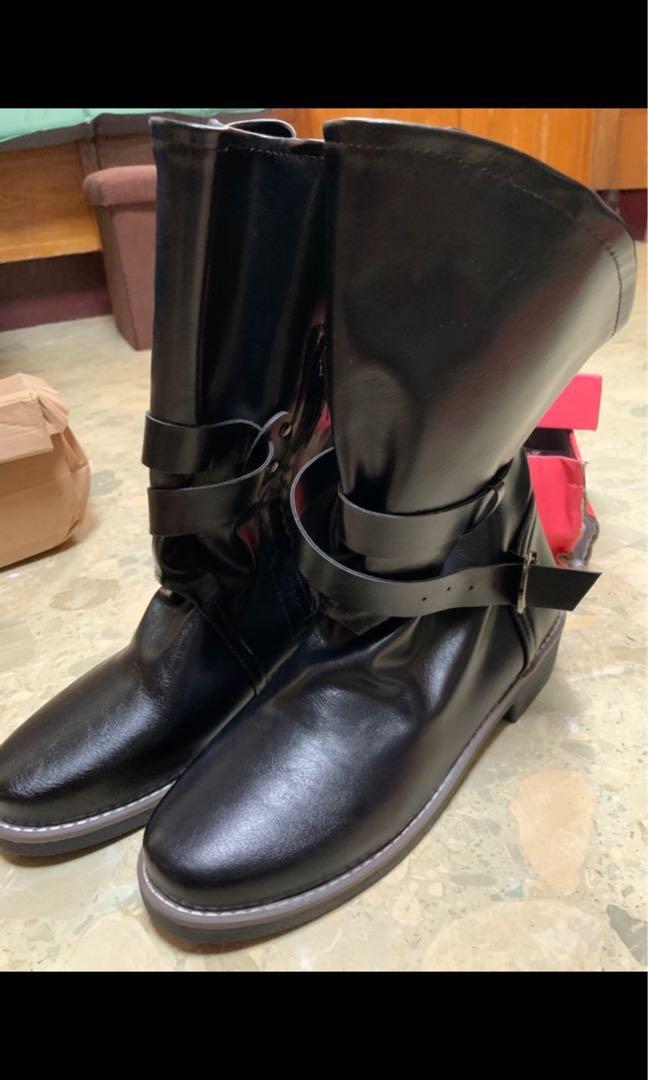 全新 黑色筒靴 軍靴