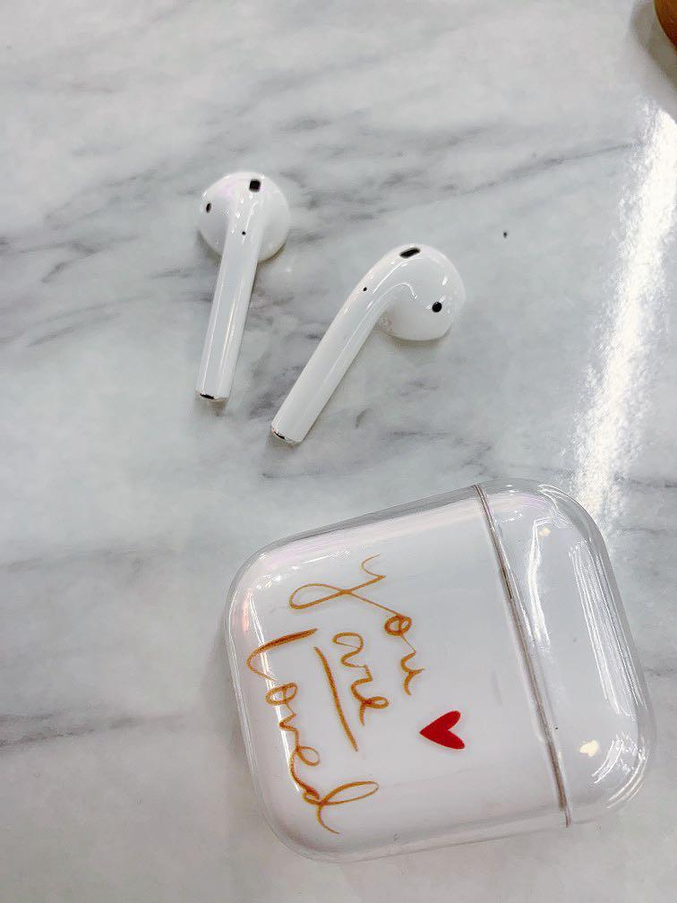 Airpod 2 with charging cable