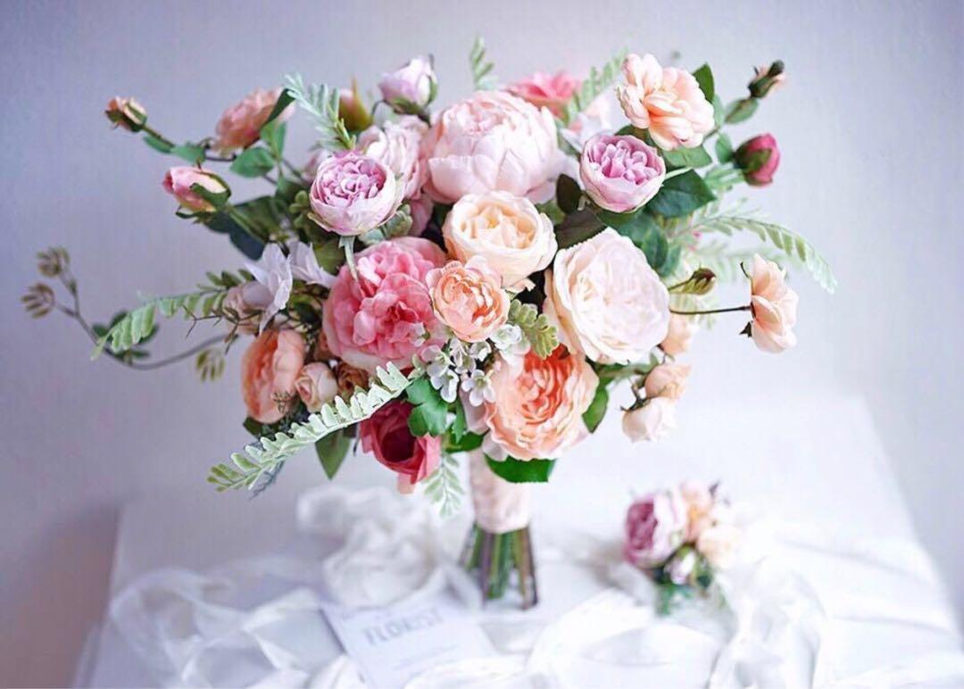 Lemongrass Lemon Grass Coral Peach Pink Bridal Pre Wedding Photo Shoot Florist Bouquet Silk Flower | 結婚拍攝歐美款絲花春天柔和清新色系玫瑰牡丹臘梅花球