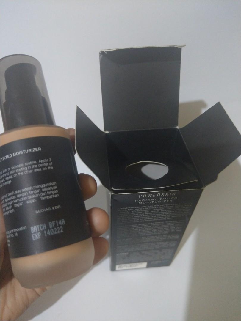 Make Over tinted Moisturizer shade 30 Beige