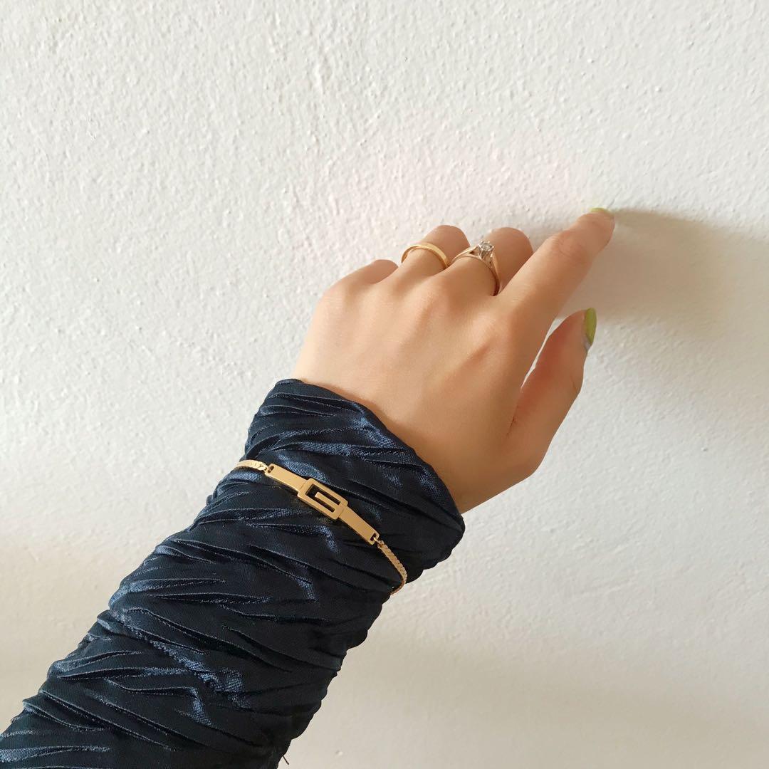 Rare Givenchy vintage G logo tag bracelet (unisex)