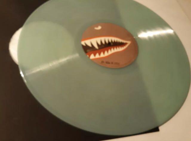 SUPER RARE EMINEM KAMIKAZE GLOW IN THE DARK VINYL RECORD