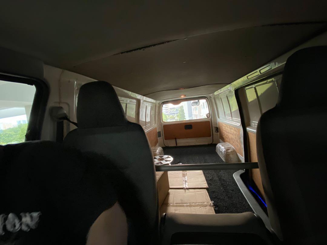 Toyota Hiace 3.0 DX(A) 4DR  Auto