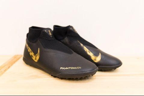 【NIKE】 NIKE React Phantom 人工草皮 專業 足球鞋 膠底 平底 足球 鞋(九成新)