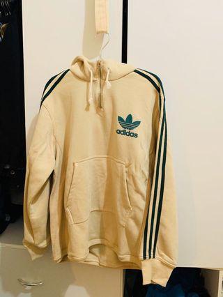 Adidas米白色拉鏈帽踢 175/75適合