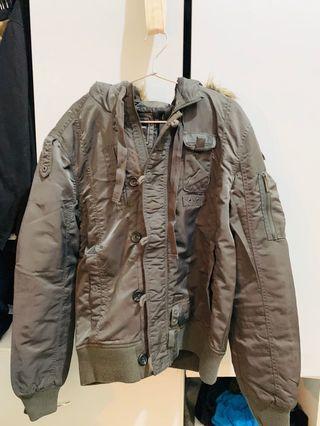 Lee 超保暖軍裝外套